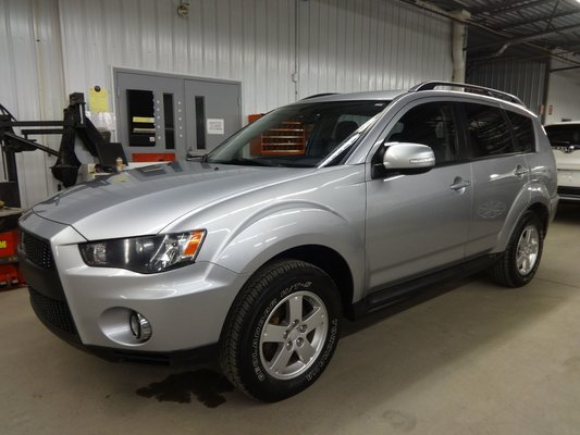 Used 2010 Mitsubishi Outlander LS V6 4X4 7 PASSAGERS in