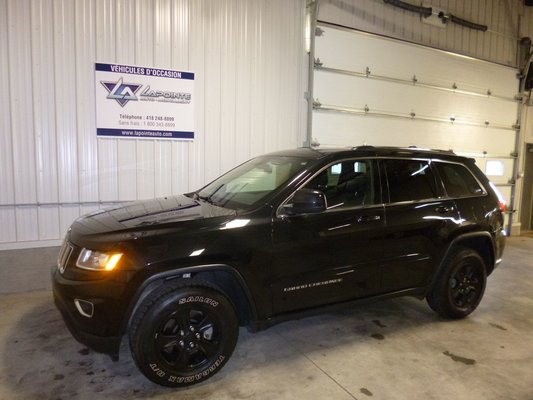 Model{id=2414, name='Grand Cherokee', make=Make{id=590, name='Jeep', carDealerGroupId=4, catalogMakeId=34}, organizationIds=[1, 2, 4, 5, 6, 7, 9, 10, 12, 13, 15, 16, 17, 19, 20, 22, 23, 24, 30, 31, 34, 35, 36, 37, 38, 39, 40, 41, 42, 43, 44, 45, 46, 47, 48, 49, 50, 51, 52, 53, 54, 57, 59, 61, 65, 68, 69, 71, 72, 74, 81, 82, 84, 86, 87, 88, 89, 91, 92, 94, 95, 96, 97, 98, 100, 101, 102, 103, 105, 107, 110, 112, 113, 114, 115, 117, 118, 123, 125, 129, 132, 135, 138, 144, 147, 149, 150, 153, 155, 156, 158, 160, 161, 162, 163, 165, 166, 167, 168, 170, 173, 180, 181, 182, 185, 187, 192, 193, 197, 200, 203, 205, 209, 210, 212, 213, 214, 218, 220, 221, 222, 223, 224, 225, 229, 231, 233, 235, 236, 237, 239, 241, 243, 244, 246, 247, 249, 253, 254, 255, 256, 258, 260, 261, 262, 263, 269, 270, 271, 272, 275, 276, 280, 284, 288, 294, 296, 300, 303, 304, 312, 313, 314, 317, 318, 320, 322, 323, 324, 326, 327, 331, 332, 333, 335, 336, 338, 340, 343, 344, 345, 346, 347, 349, 352, 353, 354, 357, 359, 365, 366, 369, 372, 374, 377, 378, 380, 382, 383, 385, 386, 390, 394, 397, 398, 402, 403, 404, 408, 410, 411, 414, 415, 420, 425, 429, 430, 434, 435, 437, 439, 441, 443, 445, 446, 448, 449, 451, 453, 457, 459, 462, 463, 464, 474, 481, 483, 493, 496, 497, 499, 518, 528, 530, 535, 540, 544, 545, 551, 556, 559, 561, 563, 570, 571, 592, 596, 599], catalogModelId=670}