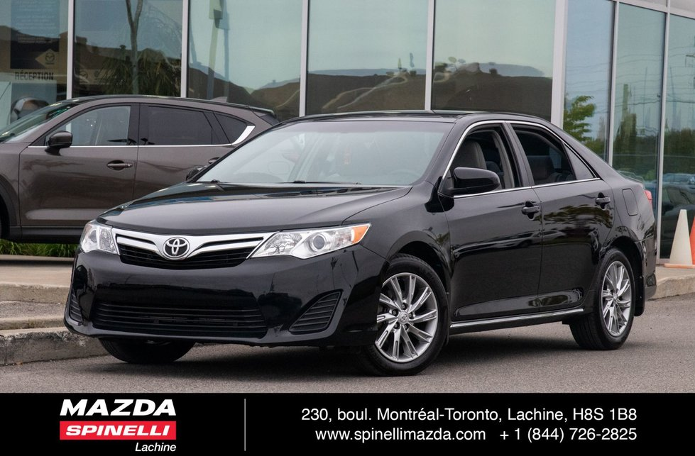 2014 Toyota Camry LE MAG BLUETOOTH LEATHER