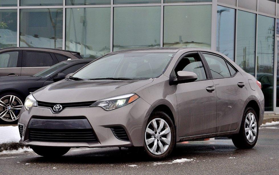 Toyota Corolla LE LIKE NEW 2015